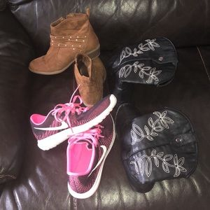 Size 4 boots and Nike sneakers